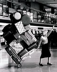 Cabala Año Nuevo - Dar la vuelta a la manzana con maletas